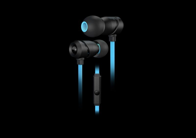 ROCCAT Aluma New In-Ear Headset in Stores Now