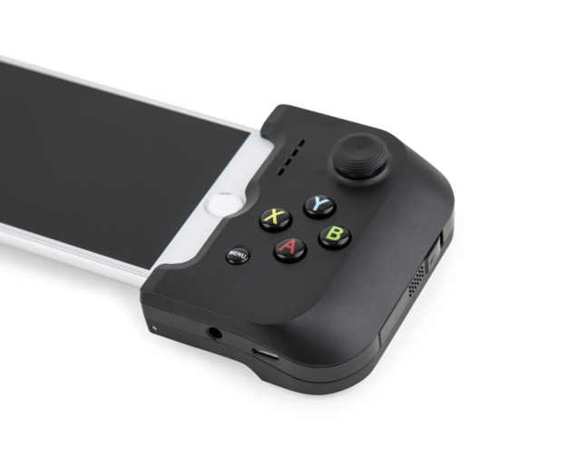 Gamevice Brings Headphone Jack to iPhone 7 and Superior Gaming Experience